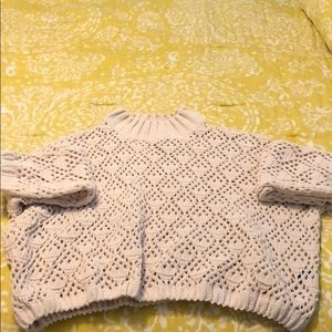 NEW cream, short ,turtleneck sweater!SZ LRG